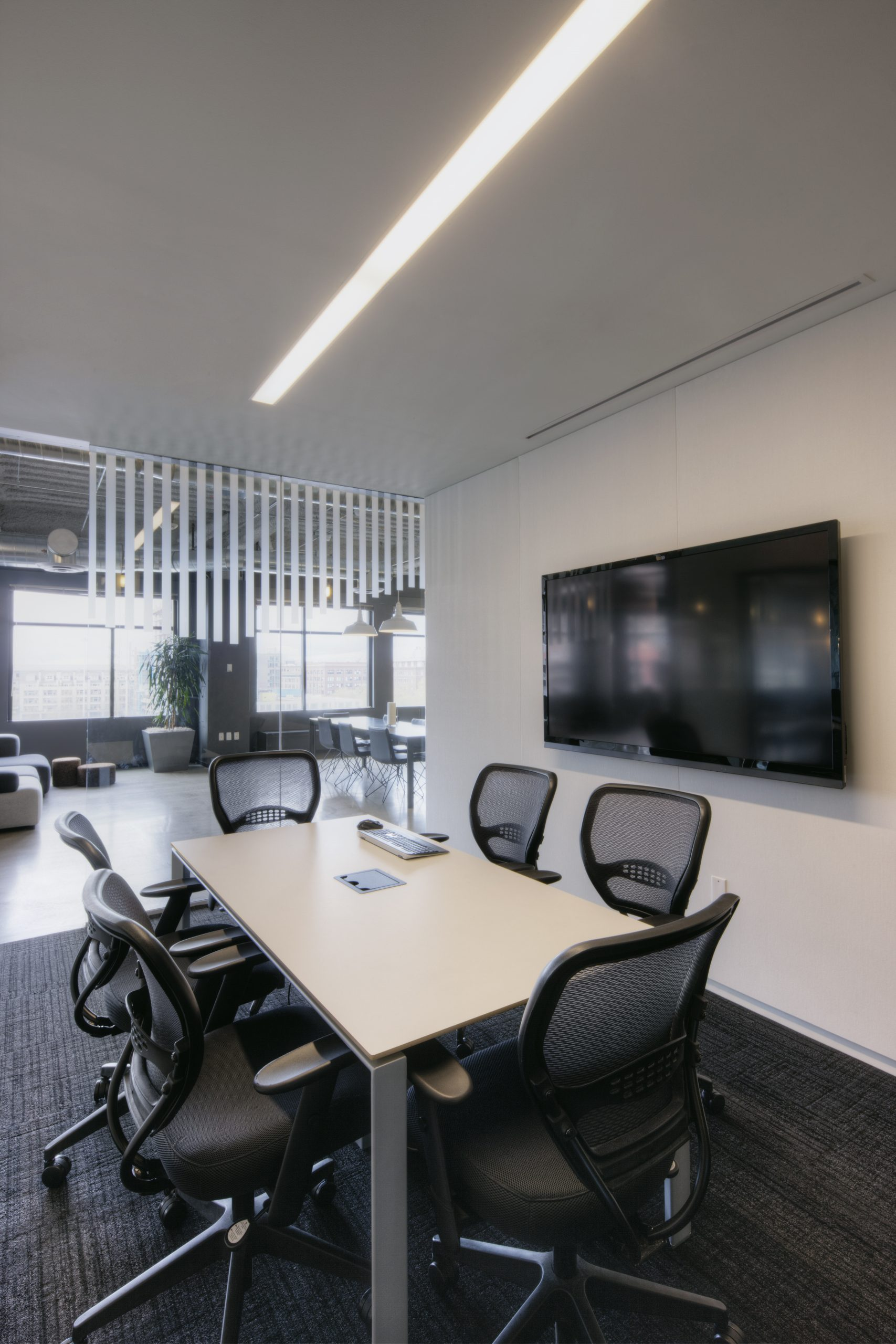 Having flexible AV technology in your meeting rooms is important for productive meetings.
